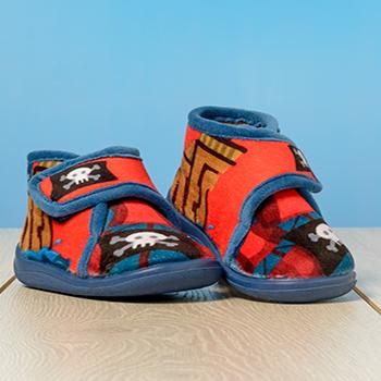Zapatillas de casa de niño chispas